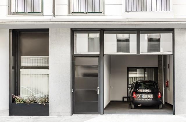 alquiler apartamento vacacional accesible adaptado para usuarios de sillas de ruedas - Madrid zona Atocha - capacidad 6 personas