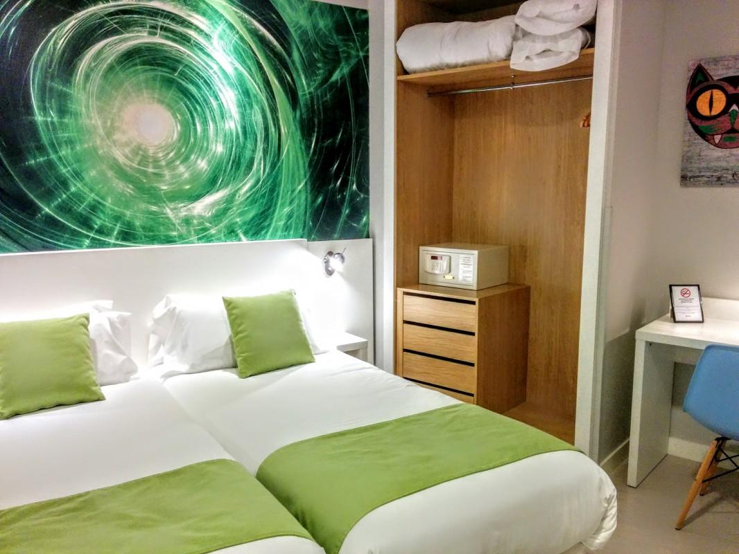 Apartamento de alquiler vacacional adaptado para personas en silla de ruedas - Barrio de las Letras en Madrid - Capacidad para 3 personas