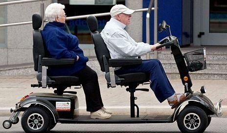 Scooter de movilidad de doble asiento: doble de práctico, doble de diversión!