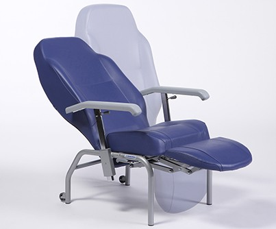 Normandie reclining chair with reclining backrest and lift-up footrest