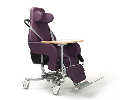 Altitude tilting chair with wheels