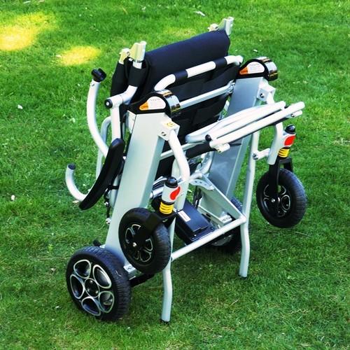 Libercar Mistral 7 silla de ruedas eléctrica plegable ligera