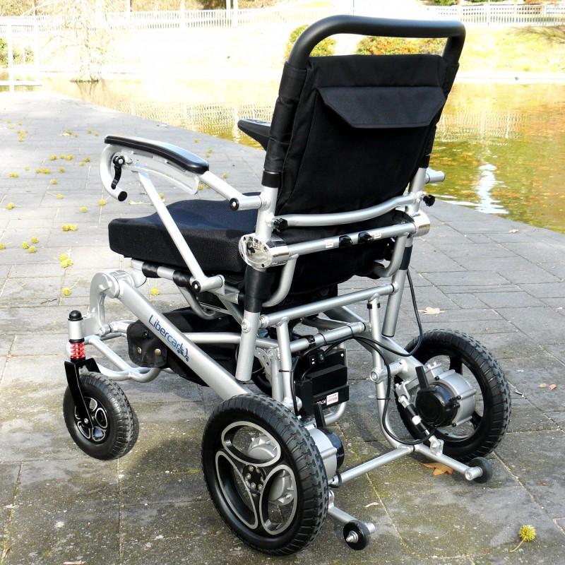 Libercar Aura 10 silla de ruedas eléctrica plegable ligera