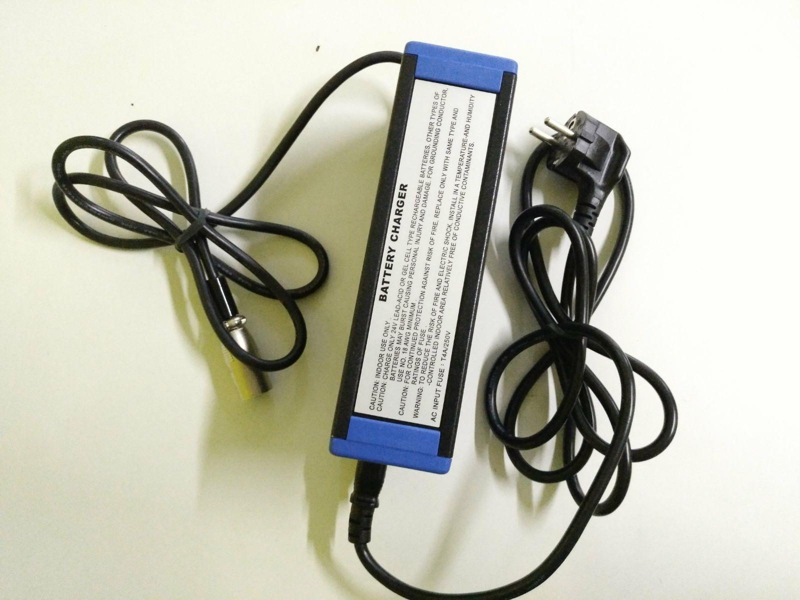 Cargador baterías 24v 3a Plomo Acido y Gel