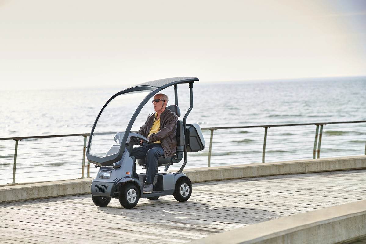 Afiscooter C4W midsize mobility scooter